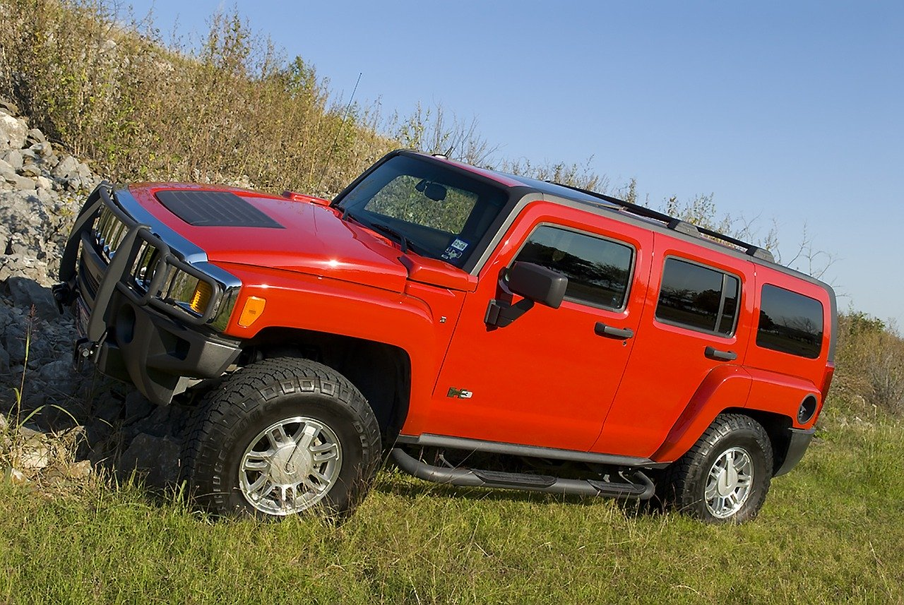 GM Will Resurrect the Hummer and it's Going to Be Electric