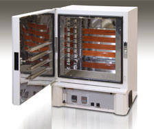 Splicing oven for carbon fiber manufacturing